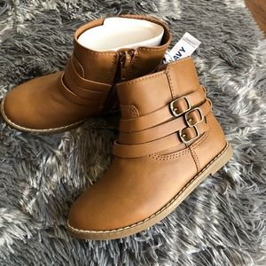 NWT boots👢
